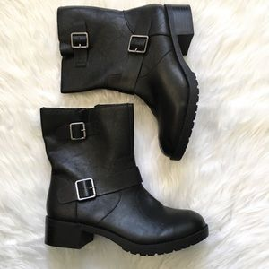 New ! Style & Co black combat style boots 7.5